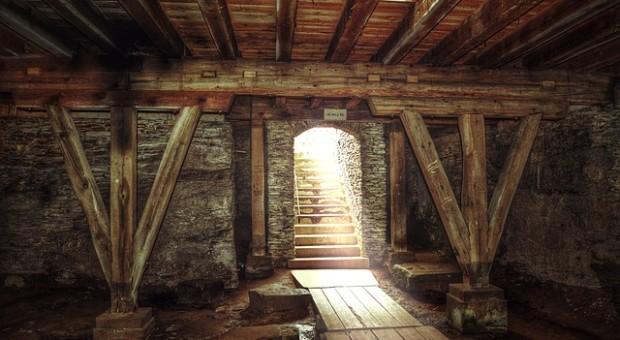 Cómo colocar vigas de madera en el techo en casa