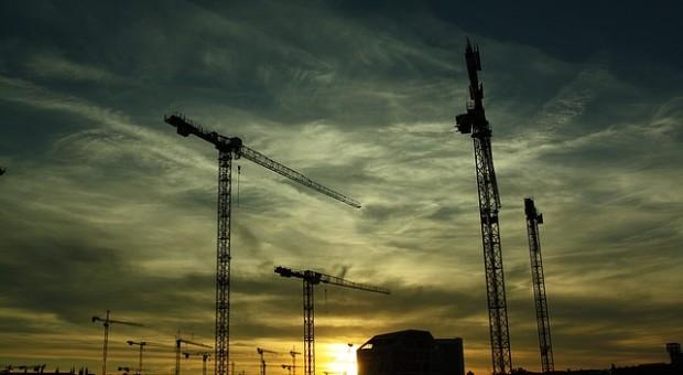 Cómo construir una casa económica, consejos previos
