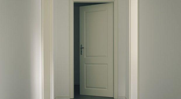 Cambiar puertas de casa: consejos para acertar con la renovación
