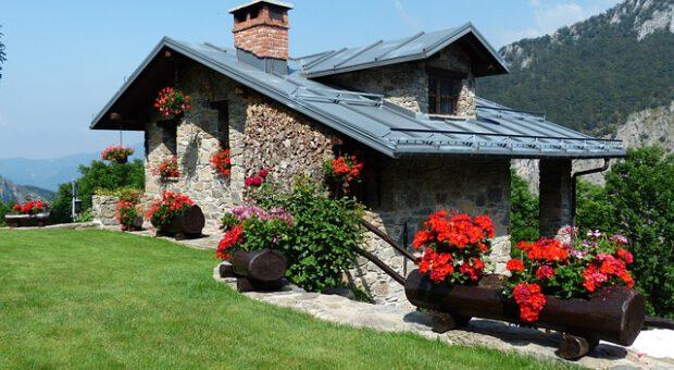 Consejos básicos para restaurar y acondicionar una casa en el campo